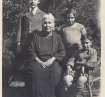 Diana with grandchildren, Lionel, Diana and Vanick, 1925.